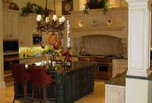 kitchen decor / by Mary Lauren Randall