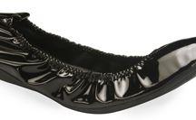 Oh, that little black shoe!