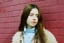 IT GIRL - Flo Morrissey - singer