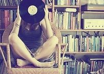 Crate Digging / Only Vinyl