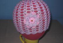 Caciuli si palarii crosetate ( hat  crochet ) / Daca doreste cineva asemenea caciulite , crosetez la comanda marimea sau culorile dorite. :)