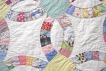 I love QUILTS! / by Linda Mire