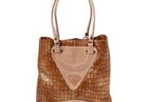 Handbags Worth Having / by Lee Brochstein
