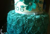 Teal Color Themed Wedding Ideas / by Mrs. Pin Addict