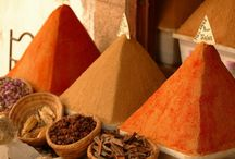 Spices / It's what we do and it's be crazy not to have a spices board!