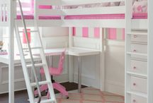 Corner Loft & Bunk Beds / Inspiring bedrooms with kids corner beds, including bunks, lofts and l-shaped bed configuration. Design your own! www.maxtrixkids.com