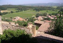 MON VILLAGE EN PROVENCE / Nous sommes dans le Gard Rhodanien, à la limite entre Provence et Languedoc-Roussillon