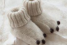 neulonta helpot sukat / Oikeita ja nurjia silmukoita, värinvaihtoja. Knitting / first socks