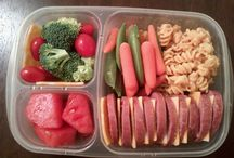 Box Lunches / Ideas on how to keep a packed lunch healthy, fun, and fresh. No boring lunches in this house!