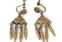 AMAZING ECOCHIC JEWELS! / Fabulous jewelry from the EcoChic Vintage Jewelry Team on Etsy!