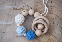 Nursing bracelet, teething bracelet / This Horgooka bracelet is the perfect toy for your baby and the best gift for baby showers.  Made with handmade natural wooden beads and hand crocheted with 100% cotton yarn.  It improves you baby's motor skills, and safe to chew.