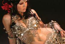Bellydance & burlesque