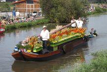 Floating Flower Parade / Úszó virágparádé Hollandiában http://balkonada.cafeblog.hu/2015/08/02/uszo-viragparade-hollandiaban/