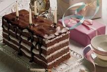 Desserts-Cakes / by Linda Van Ess