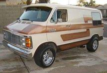 Dodge Gustom Van