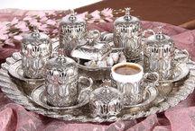 Lüx Osmanlı LALE Motifli 6'Kişilik Kahve Seti 8 Parça - Oval Tepsi