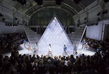 London Fashion Week Spring Summer 2016 / The kaleidoscopic mirrored set, hypnotic light display and artful choreography were the perfect backdrop for a collection that focussed on pattern and abstraction. Soak up the atmosphere at our Spring Summer 2016 London Fashion Week show.