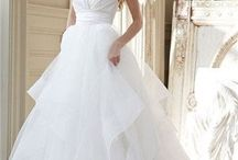Wedding dress wonders / Dream dresses  / by Elizabeth Watson