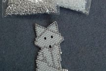 Perles broches