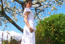 lufitig leichtes Sommerkleid selbst genäht mit Tutorial für Tulpenärmel und Rückenschlitz / Ich durte Designnähen für fas #kreativlaborberlin. Das Kleid #Noa habe ich aus einem Baumwolle genäht. Ein Tutorial für die Tulpenärmel, sowie ein Tutorial für den Rückenschlitz