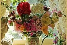 Raam  naast bloem RH