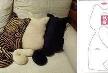 coussin chat puni
