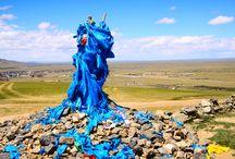Mongolia / Un paese che vive ancora di tradizioni autentiche e millenarie e dove il vento è spesso l'unico rumore percepibile. Una meta ancora poco conosciuta ma che ha molto da offrire al viaggiatore amante della natura, degli spazi aperti e con un forte spirito d'adattamento. Scopri i dettagli sul nostro itinerario su www.qualitygroup.it