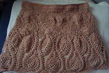 EU QUE FIZ! Roupas em crochê. / Aqui estão algumas peças em crochê e tricô feitas por mim. As inspirações para muitas eu tirei da internet, mas sempre algum detalhe fica diferente. O artesanato te proporciona milhões de possibilidades!