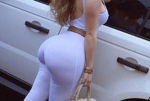 curves women
