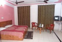 Luxury Hotels In Dharamshala / Hotel Vatika is a luxury Hotel in Dharamshala with the stillness of nature along with the facilities of a city. Compare Tariff & Make Instant Reservation of Luxury Hotels in Dharamshala at www.hotelvatika.in.