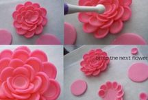 Sugar and fondant flowers