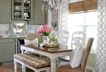 Decorating / by Kerry Copus