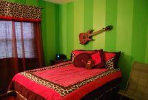 Loni room