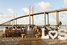 DESTINATION WEDDING - CASAMENTOS / Casar e Viajar. Reunir amigos e familiares para celebrar o amor e fazer algo tão amado por todos: viajar. Confira muitas inspirações para casar em locais paradisíacos e românticos e ainda proporcionar dias de alegria aos convidados