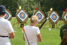 Bogenschiessen Bogensport archery Sportbogen Jagdbogen Langbogen / Bogenschiessen Bogensport archery bow Bogen bowhunter compound Sportbogen Jagdbogen Langbogen