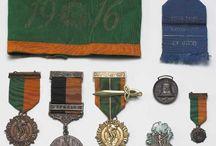 irish insignes/ Medailles