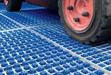 Tyre cleaning systems