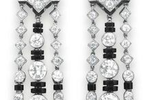 Tiered earrings research