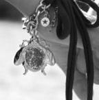 bijoux / by Chrisanne Robertson