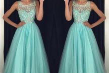 //Dresses\\