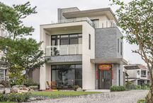 Villa / Temukan inspirasi desain villa impian anda dalam berbagai gaya: Mediteran, Modern, Tropis, Eklektik, dsb; untuk mengakomodasi liburan keluarga anda - hanya di homify.