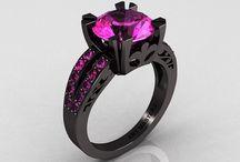 Jewelery / by Melanie Paterson