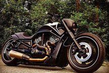 Harleysite #Repost @billionaireswithclass Black Harley Davidson. or ? #luxury #billionaire #harleydavidson #harley #black #bicycle #travel #millionaire   via @nightrodbeast
