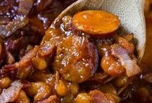 Baked Beans and Smoked Sausage Dutch Oben