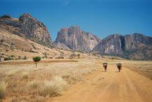 Randonné avec Tsiky tour / Madagascar est une terre de randanné et de trekking où la nature, les massifs montagneux et les grands espaces vierges sont nombreux.
