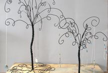 jewelry holders-wire / by eva unger