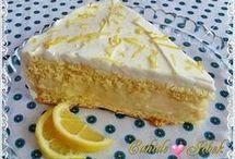 Kek ve sütlü tatlı