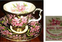 Chávenas chá antigas - Tea cups /     Estou apaixonada por estas pequenas jóias, chávenas de chá. Sem dúvida que estes pequenos objectos decorativos trazem charme e uma certa nostalgia aos nossos dias!    https://www.facebook.com/conceicao.vidal