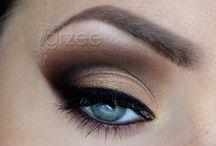 Makeup! / by Mariana Cabral