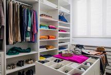 Walk-in closet / vestidores